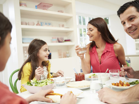 1569565975001_3499317798001_2132325889001-family-eating-together-still